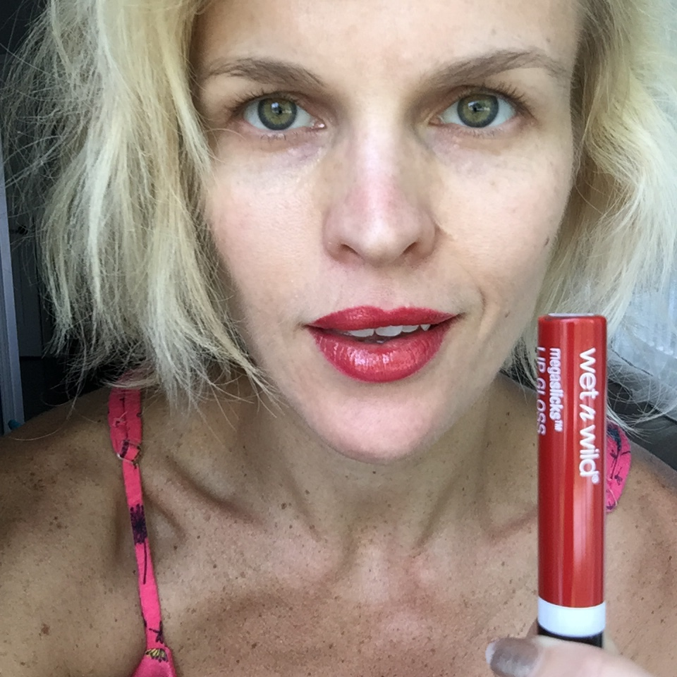 Wet n Wild Megaslicks Lip Gloss in My Cherry Amour